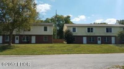 Carbondale Multi Family Home For Sale: 164 Village Drive