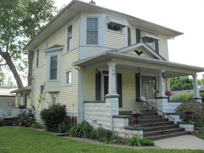 Murphysboro Single Family Home For Sale: 205 S 16th Street