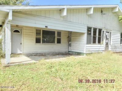 West Frankfort Single Family Home For Sale: 507 S McClelland Street