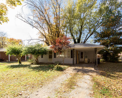 Carbondale Single Family Home For Sale: 312 S Cedarview Street