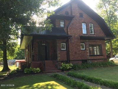 Benton Single Family Home For Sale: 806 S Main Street