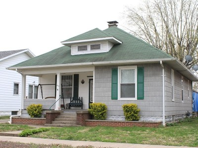Murphysboro Single Family Home For Sale: 2119 Elm