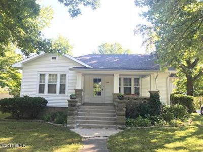 Carterville Single Family Home Active Contingent: 505 California Street
