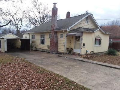West Frankfort Single Family Home For Sale: 1808 E Oak Street