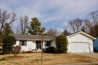 Carbondale Single Family Home Active Contingent: 619 S Surrey