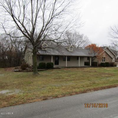 Marion Single Family Home For Sale: 2405 Carriage Lane