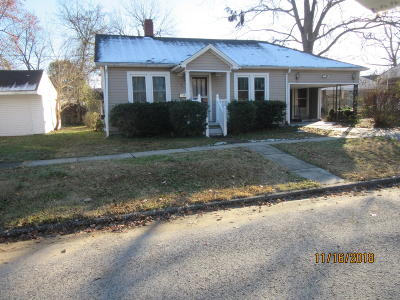 Massac County Single Family Home For Sale: 208 W 16th Street