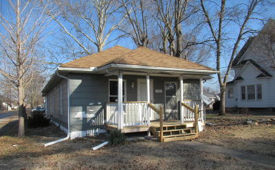 West Frankfort Single Family Home For Sale: 1101 E St. Louis Street