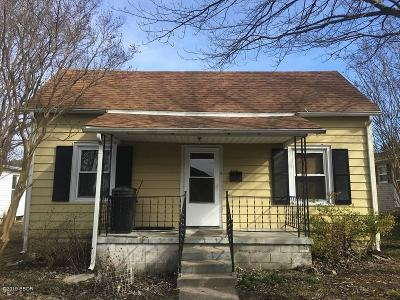 Herrin IL Single Family Home For Sale: $45,000