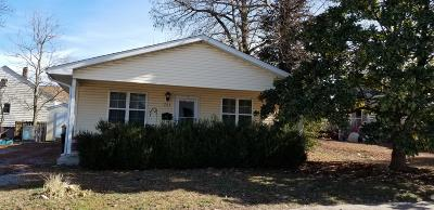 Marion IL Single Family Home For Sale: $54,500