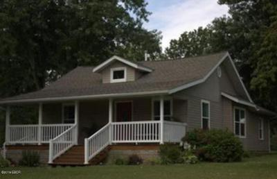 Carbondale Single Family Home For Sale: 6523 Giant City Road
