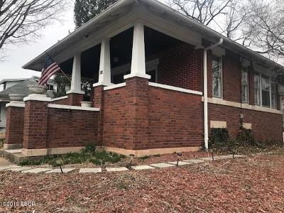 Carbondale Single Family Home For Sale: 804 W Walnut St Street