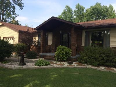 Benton Single Family Home Active Contingent: 10 Coach Lite Estates