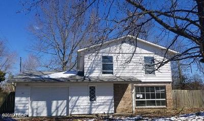 Carbondale IL Single Family Home For Sale: $62,500