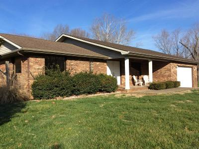 Mt. Vernon Single Family Home For Sale: 14495 N Old Centralia Lane
