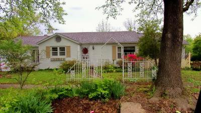 Single Family Home For Sale: 401 S Main Cross Street