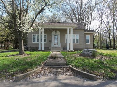 Benton Single Family Home For Sale: 614 E Main Street