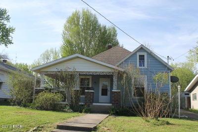 Murphysboro Single Family Home For Sale: 2121 Clay Street