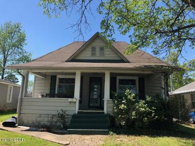 Williamson County Single Family Home For Sale: 209 S 19th Street