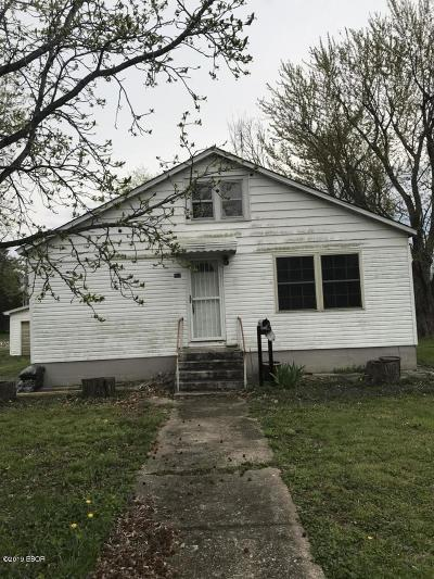 Carterville Single Family Home Active Contingent: 805 California Street