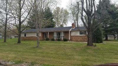 West Frankfort Single Family Home For Sale: 1144 Crystal Road