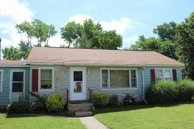 Carbondale Multi Family Home For Sale: 701 N Allyn Street