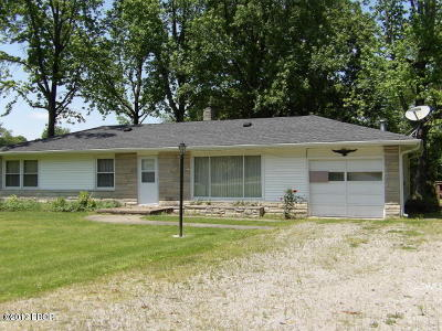 West Frankfort Single Family Home For Sale: 18645 E State 149 Highway
