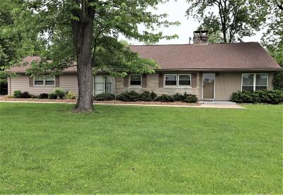 Metropolis IL Single Family Home For Sale: $105,000