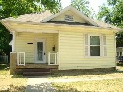 Carbondale Single Family Home Active Contingent: 610 N Bridge Street