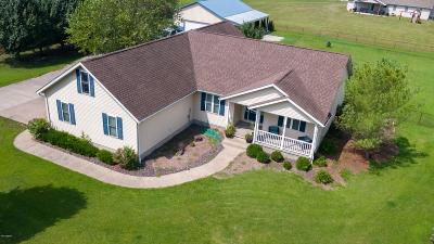 Carbondale Single Family Home For Sale: 12107 Strawberry Road Road