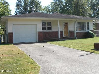 Carterville Single Family Home For Sale: 305 Lakeshore Dr