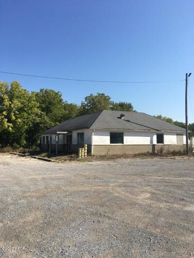 Mt. Vernon Residential Lots & Land For Sale: 700 & 704 N 7th Street