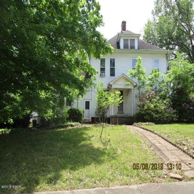 Saline County Single Family Home For Sale: 212 N Webster Street