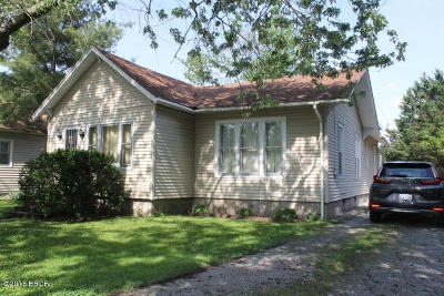 Herrin Single Family Home Active Contingent: 708 S 16th Street