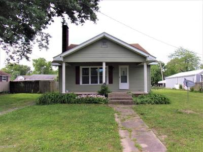West Frankfort Single Family Home For Sale: 403 E Clark Street