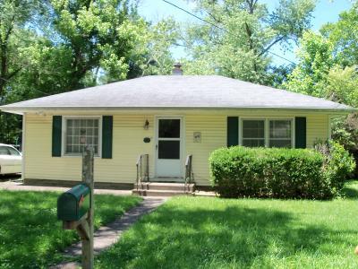 Carbondale Single Family Home For Sale: 214 S Dixon Avenue