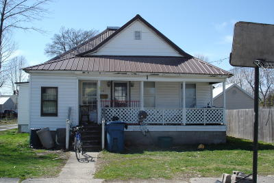 Benton Single Family Home For Sale: 307 N Buchannan