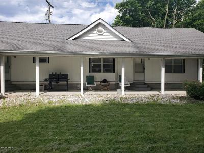 Saline County Single Family Home For Sale: 2275 Hwy 45 S