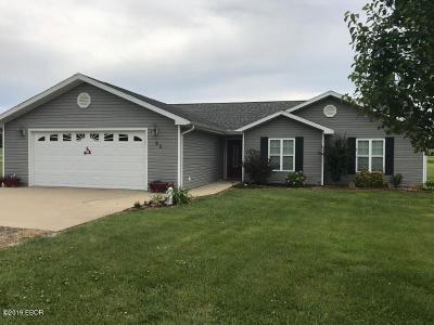 Desoto IL Single Family Home For Sale: $159,900