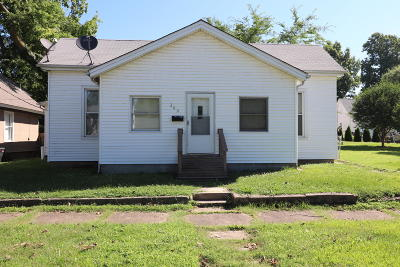 Massac County Single Family Home For Sale: 209 E 6th Street
