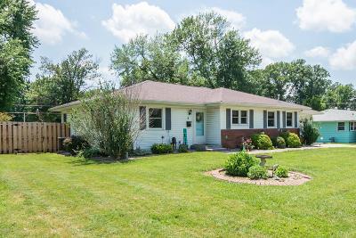 Mt. Vernon Single Family Home For Sale: 8 Evergreen Drive