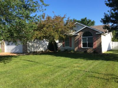 Mt. Vernon Single Family Home For Sale: 4344 Woodglen Lane