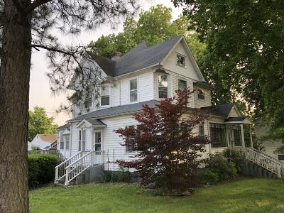 Single Family Home For Sale: 200 W Broad Street