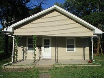 Benton Single Family Home For Sale: 206 N Stotlar Street