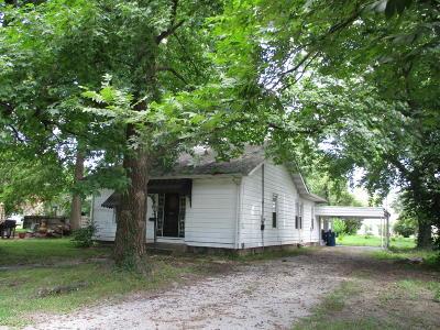 Benton Single Family Home For Sale: 604 S 1st Street