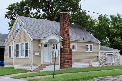 Murphysboro Single Family Home Active Contingent: 1602 Pine Street