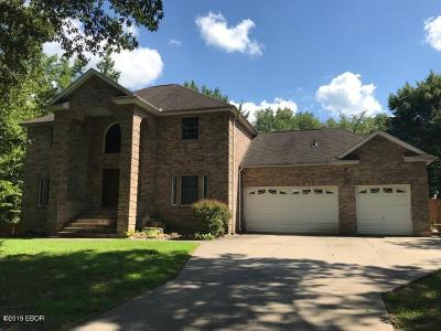 Carbondale Single Family Home For Sale: 3 Pine Lake Drive