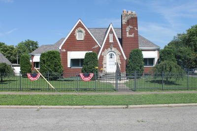 West Frankfort Single Family Home For Sale: 212 S Jackson Street