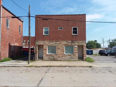 Williamson County Multi Family Home For Sale: 110 E Illinois Street