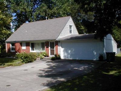 Marion Single Family Home For Sale: 405 Bainbridge Road